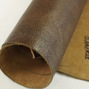 brown leather crackle pattern